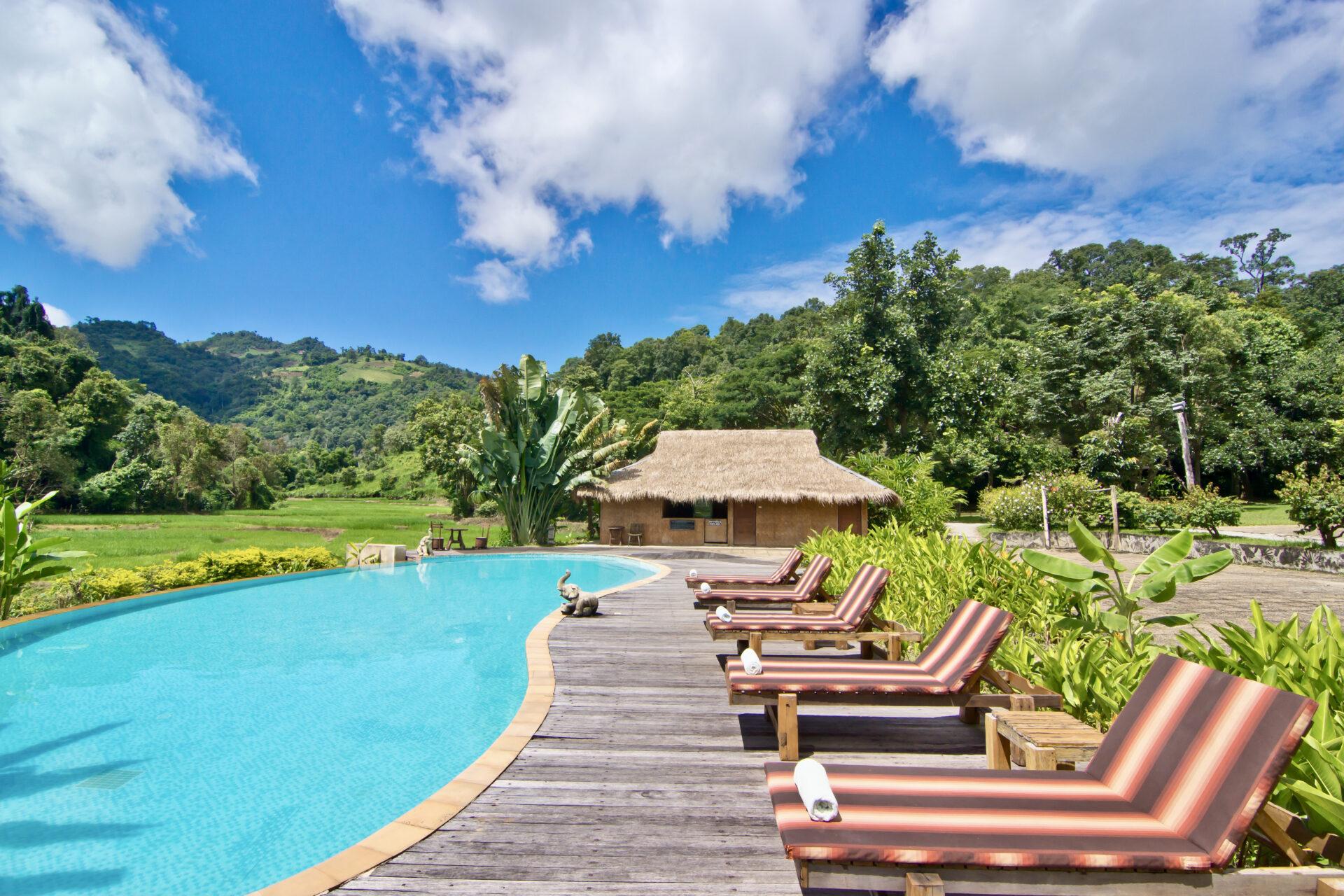hmong resort mae-rim chiang-mai