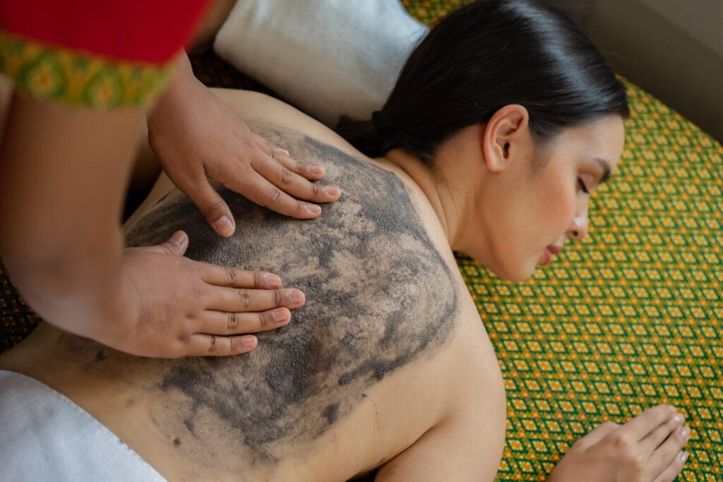 spa massage treatment sukhothai