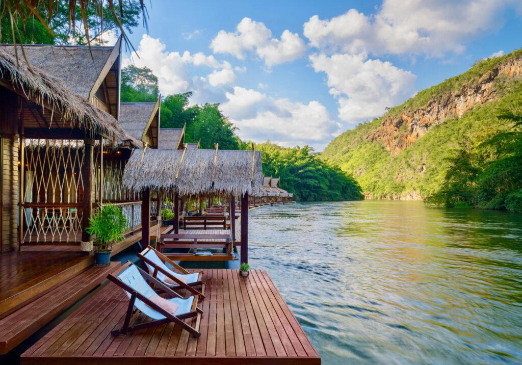 Kanchanaburi Floating hotel river kwai